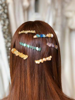 Pasadores para el cabello con Perlas y/o Piedras Semipreciosas – Colección SHE